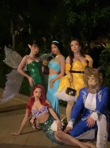 Sao Việt hóa trang Halloween: Chi Pu hở bạo, nhưng độ gợi cảm lại thua xa Huyền Baby khi cùng tạo hình nhân vật nàng tiên cá 4