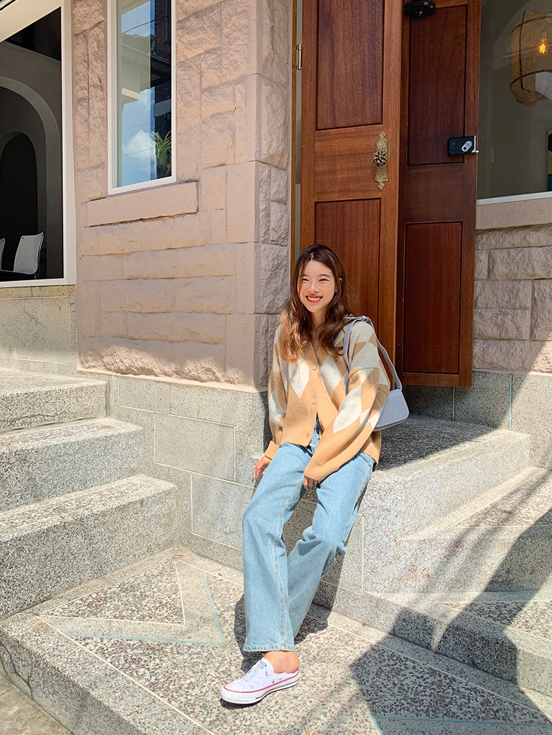 Miranda Kerr sẽ chỉ bạn biết 3 mẫu áo mix với quần jeans cho hiệu ứng hack tuổi đỉnh cao, không lo 'cưa sừng làm nghé' 8