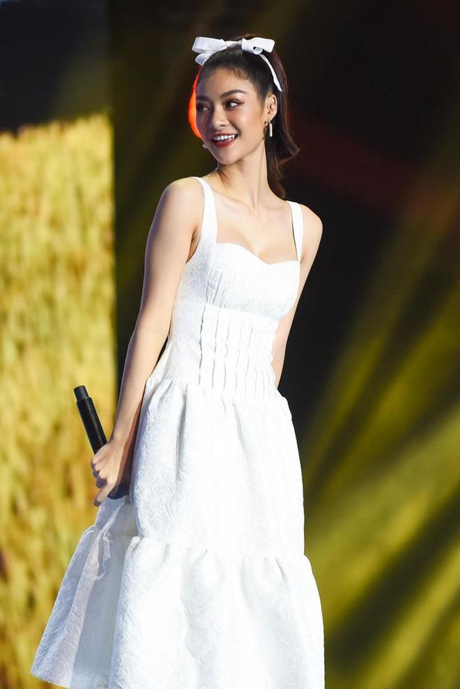 Netizen hiện đang rất mong chờ phản hồi chính thức từ Á hậu Kiều Loan và Right
