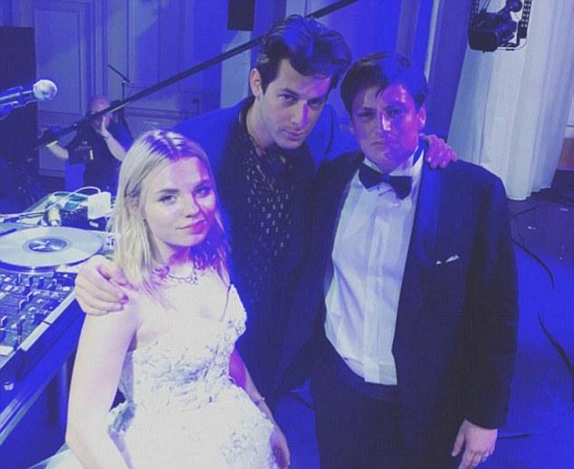 Hình ảnh trong đám cưới của cô tiểu thư nước Nga.