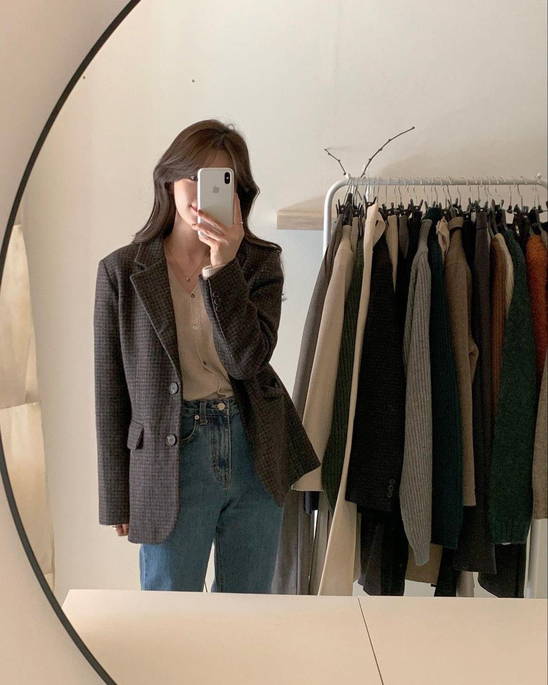 5 mẫu áo quá hợp để diện cùng blazer, bạn cần biết hết để không bao giờ thất bại trong chuyện mặc đẹp 10
