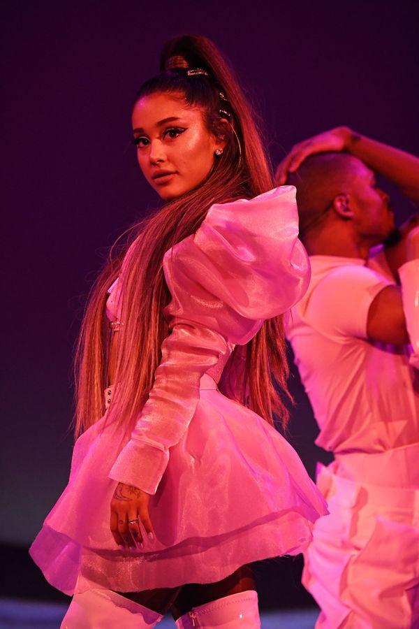Ariana Grande sẽ không đến tham dự lễ trao giải MTV VMAs 2019 vì bận lịch trình Sweetener Tour.