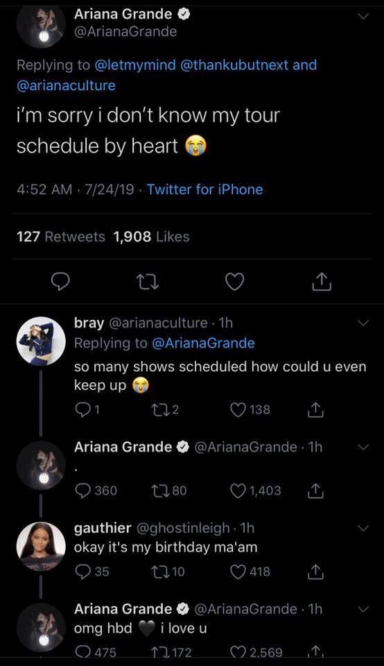 Ariana Grande đăng tweet xin lỗi vì không thể đến tham dự VMAs 2019.