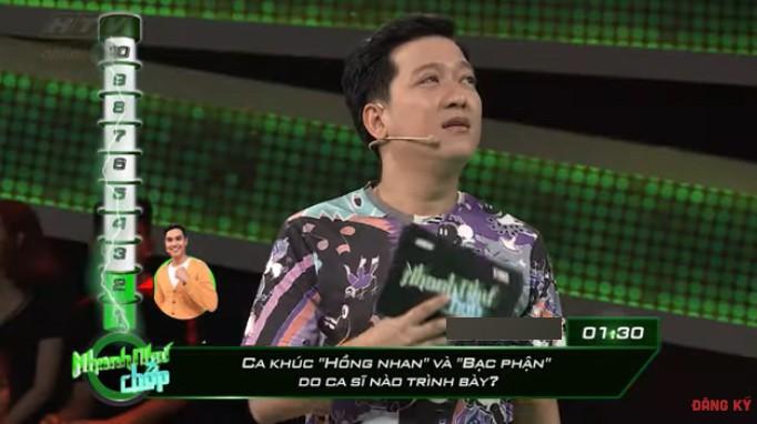 ... trước câu hỏi của Trường Giang.