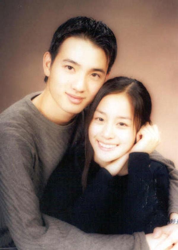Chuyện chưa kể về tình đầu 5 năm đẹp như ngôn tình của Kim Tae Hee: Không phải người nổi tiếng nhưng đẹp trai và tài giỏi không thua kém gì Bi Rain 3