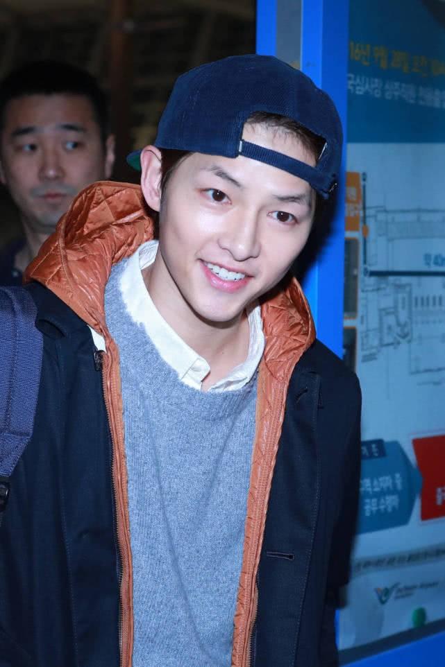 Song Joong Ki mừng sinh nhật tuổi 34 tươi tắn nhưng ngoại hình lại kém sắc thế này sau khi ly hôn Song Hye Kyo 4