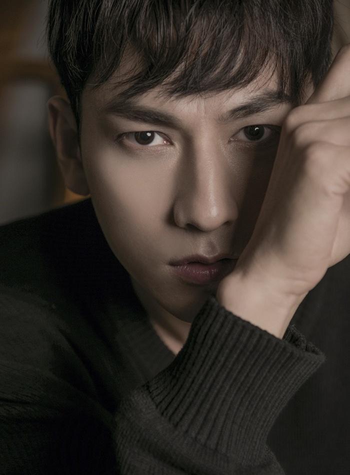 Báo Hàn hết lời khen ngợi Isaac hậu LHP Busan 2019: 'Anh ấy là một ngôi sao hàng đầu' 1