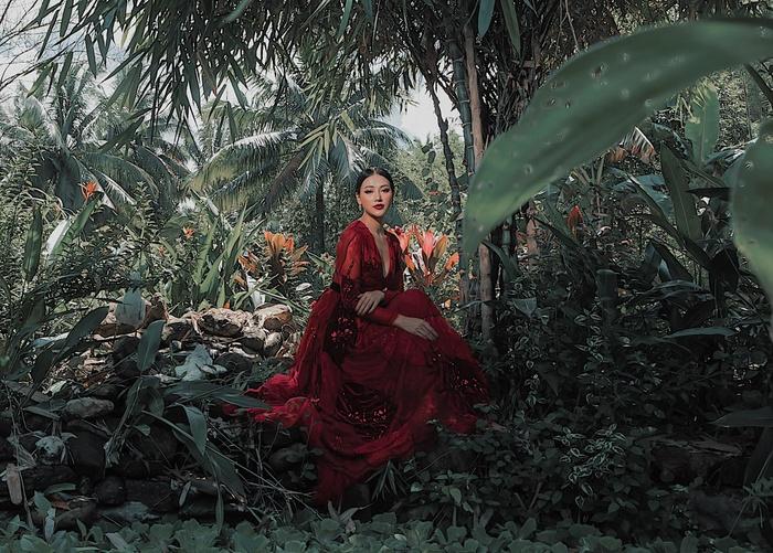 Miss Earth 2018 Phương Khánh 'đốn tim' fan bằng bộ ảnh ngoại cảnh đẹp chuẩn 'thần tiên tỷ tỷ' 7
