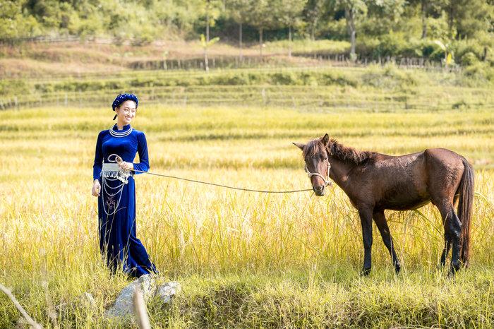 Dẫn đầu lượt xem Video Intro, Lương Thùy Linh được fan quốc tế kỳ vọng lập kỳ tích tại Miss World 2019 2