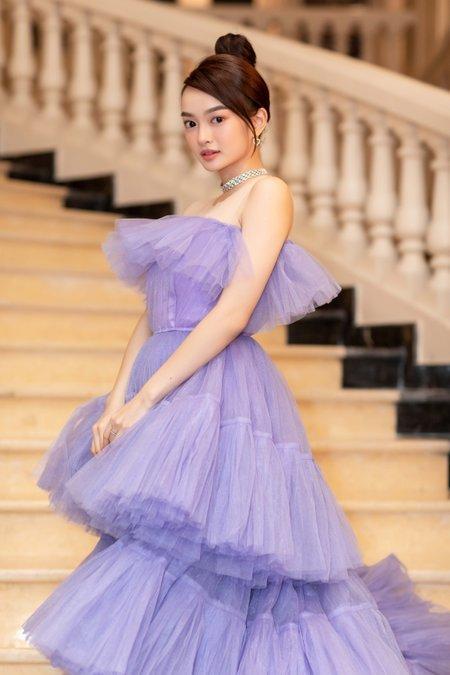 Kaity Nguyễn mang đến giấc mơ nhẹ nhàng, thanh tú cùng chiếc váy tím mộng mơ.