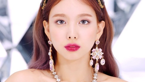 Nayeon xinh đẹp của Twice