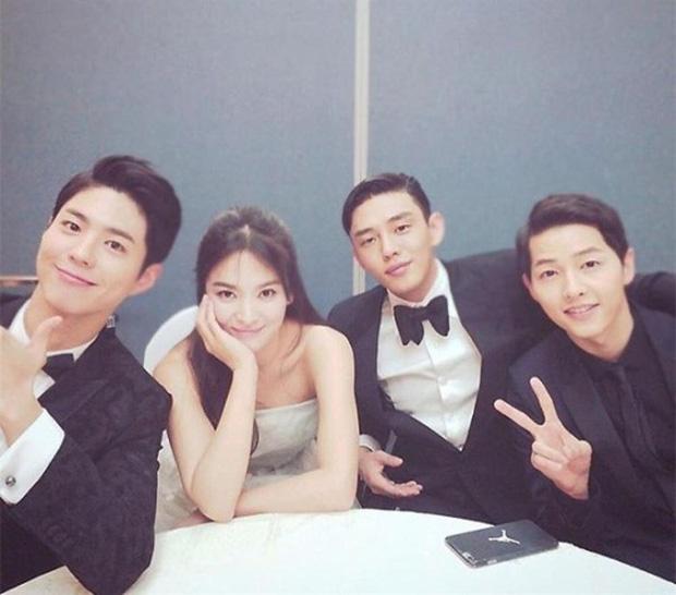 Mối quan hệ của Park Bo Gum - Song Hye Kyo: Từ 'cậu em chồng' tốt nhất showbiz cho tới nghi vấn kẻ thứ 3 phản bội Song Joong Ki? 4