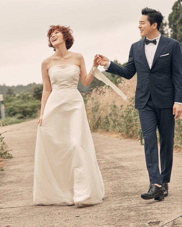 Jo Jung Suk lên chức bố, Gummy đang mang thai con đầu lòng sau 1 năm kết hôn! 0