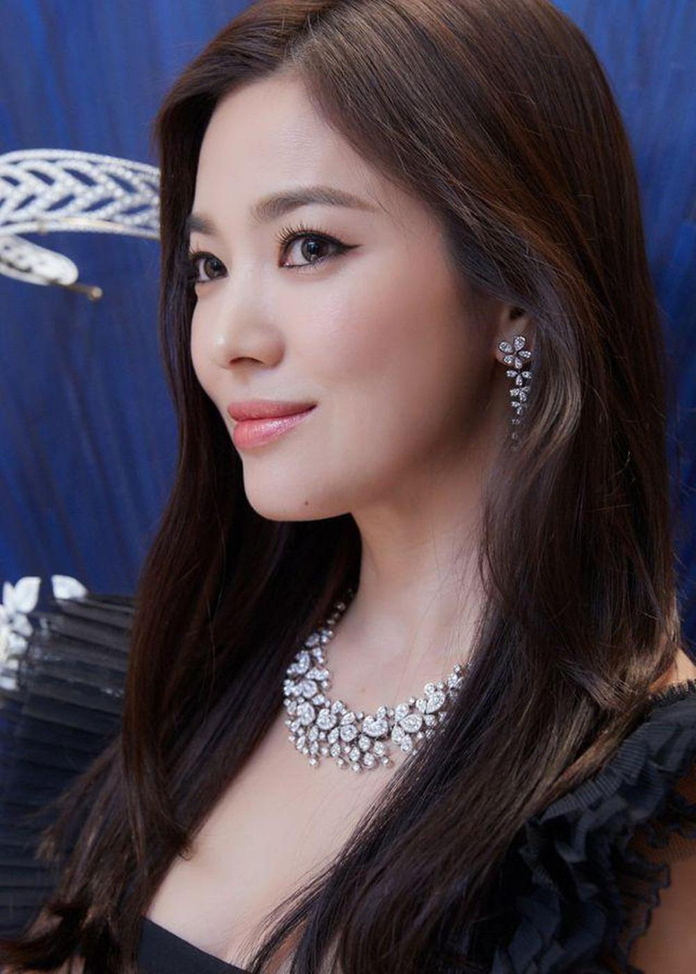 Song Hye Kyo trẻ quá nhìn chẳng ra, ngày càng 'lồng lộn' hậu ly hôn với Song Joong Ki 1
