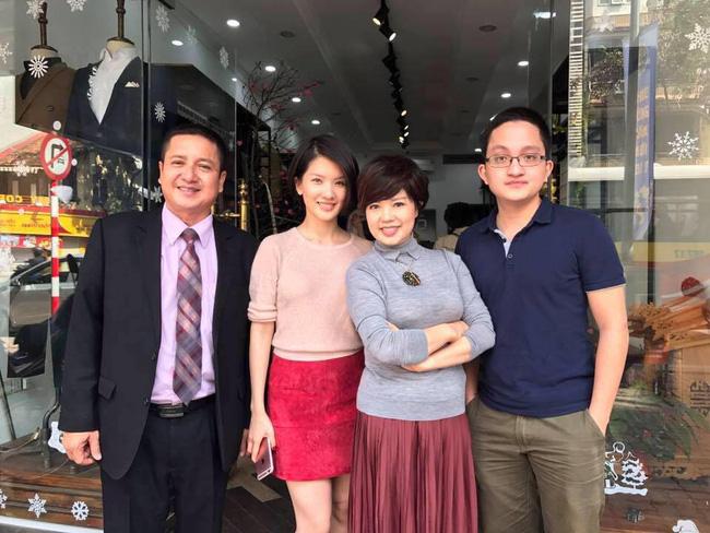 Gia đình hạnh phúc một thời của Chí Trung - Ngọc Huyền cùng hai con là Huyền Trang và Phạm Trung.
