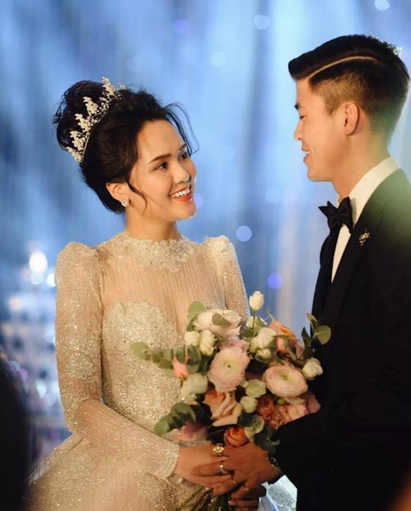 Liều lĩnh chọn phong cách make up chưa từng có tiền lệ tại Vbiz, Quỳnh Anh trở thành cô dâu đi đầu xu hướng hot hit nhất 2020 4