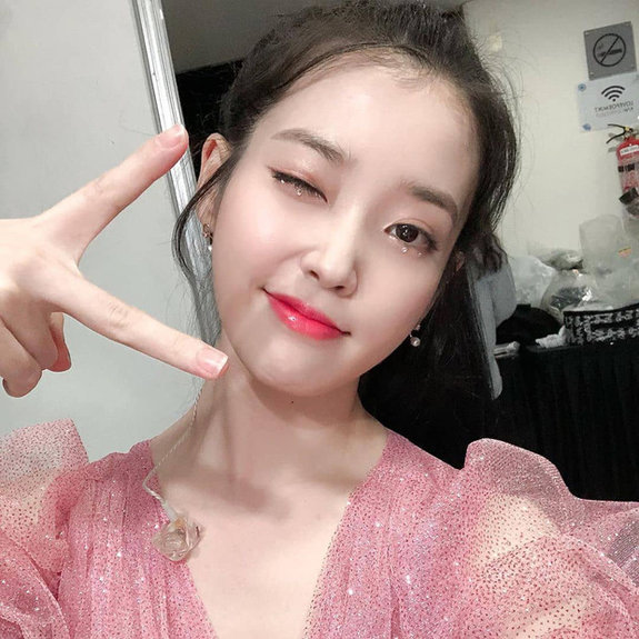 Liều lĩnh chọn phong cách make up chưa từng có tiền lệ tại Vbiz, Quỳnh Anh trở thành cô dâu đi đầu xu hướng hot hit nhất 2020 8