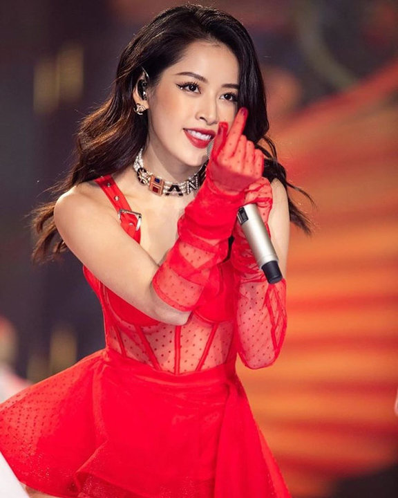 Liều lĩnh chọn phong cách make up chưa từng có tiền lệ tại Vbiz, Quỳnh Anh trở thành cô dâu đi đầu xu hướng hot hit nhất 2020 13
