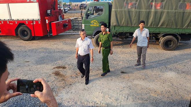 Chủ tịch UBND tỉnh Đồng Nai Cao Tiến Dũng có mặt tại hiện trường, chỉ đạo công tác cứu hộ, cứu nạn.