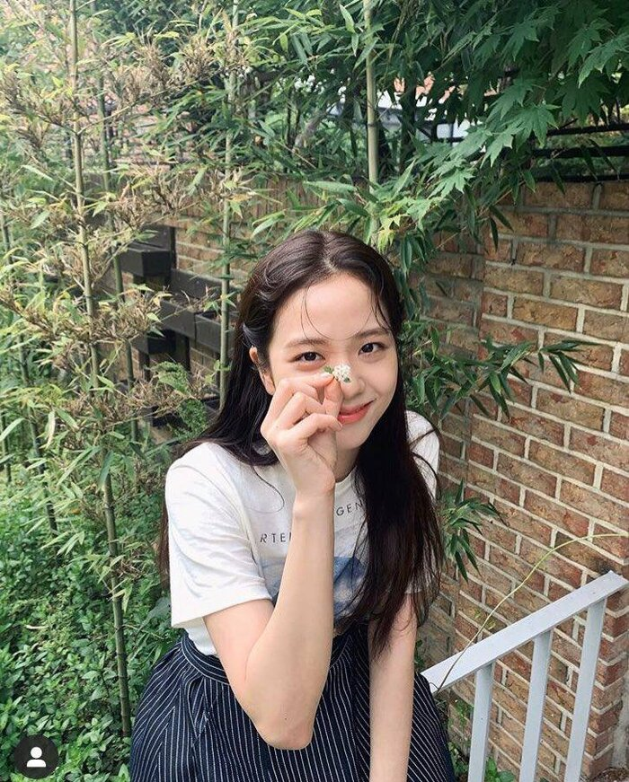 Jisoo (Blackpink) trở thành 'tình đầu', Knet: Phiên bản trẻ của Thang Duy, ghét YG và Jennie nhưng bảo vệ cô ấy 10