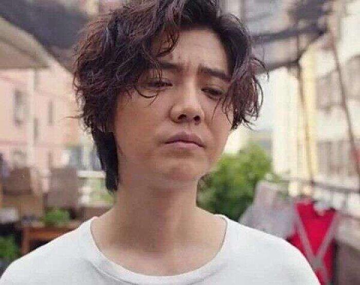 Lộc Hàm 'hack tuổi' tài tình dưới ống kính của CCTV, Cnet: 'Trẻ trung như trai 18' 10