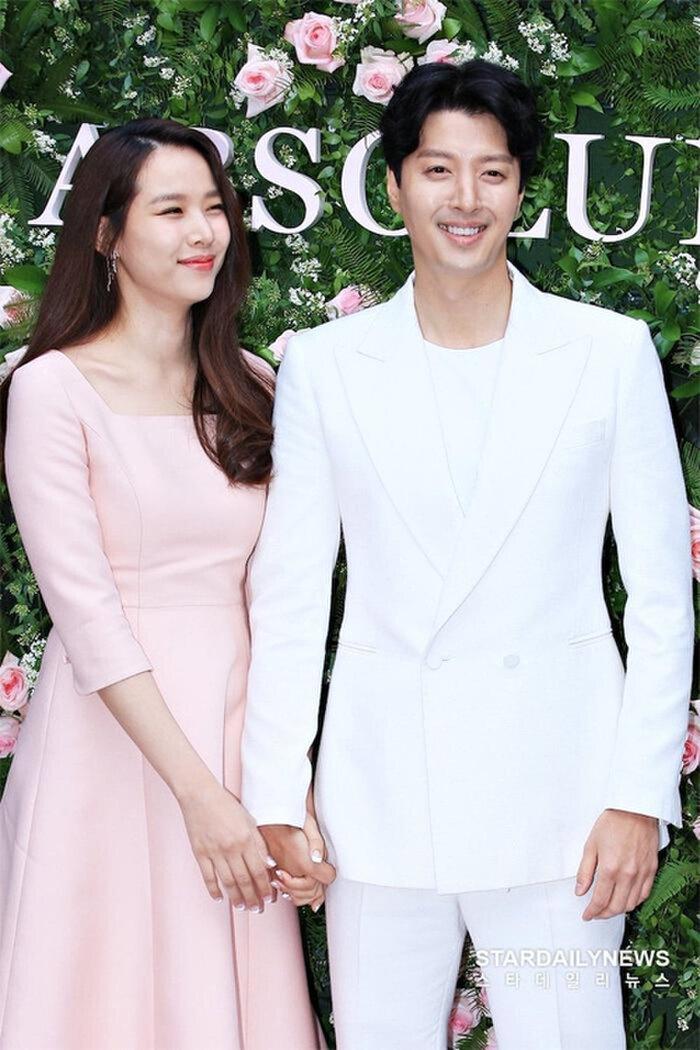 Lee Dong Gun - Jo Yoon Hee.