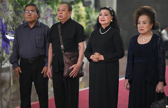 NSND Kim Cương, Tiểu Bảo Quốc đến viếng NSND Lý Huỳnh