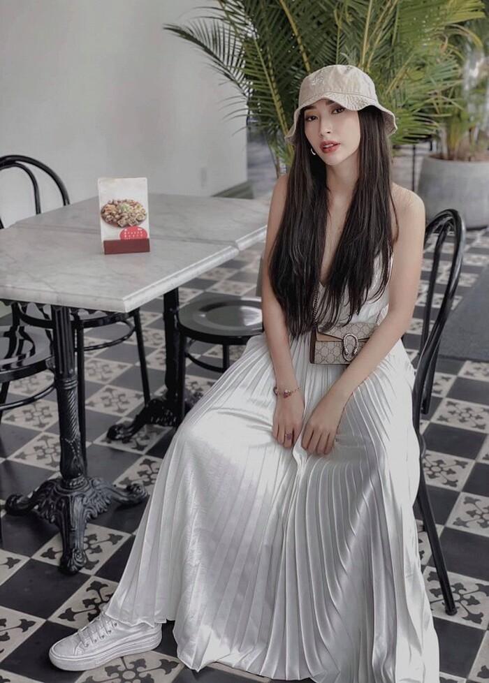 Đông Nhi hé lộ Khổng Tú Quỳnh có tình yêu mới sau chia tay với Ngô Kiến Huy 3