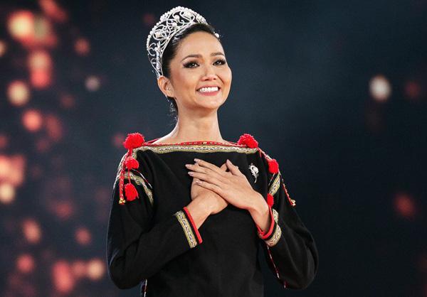 H'hen Niê, Đỗ Thị Hà: 2 Hoa hậu giỏi... làm ruộng được khen ngợi sau khi đăng quang 3