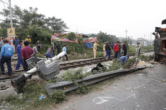 Rất may, vụ tai nạn không gây thương vong về người.