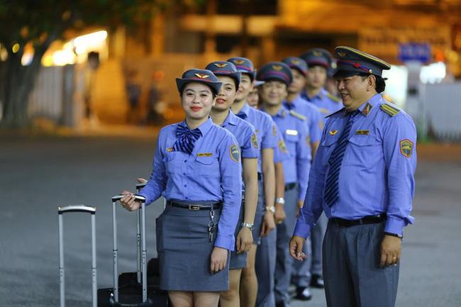 Ở Việt Nam có những đoàn tàu du lịch nội thất 5 sao xịn như máy bay mà chưa chắc ai cũng biết 12