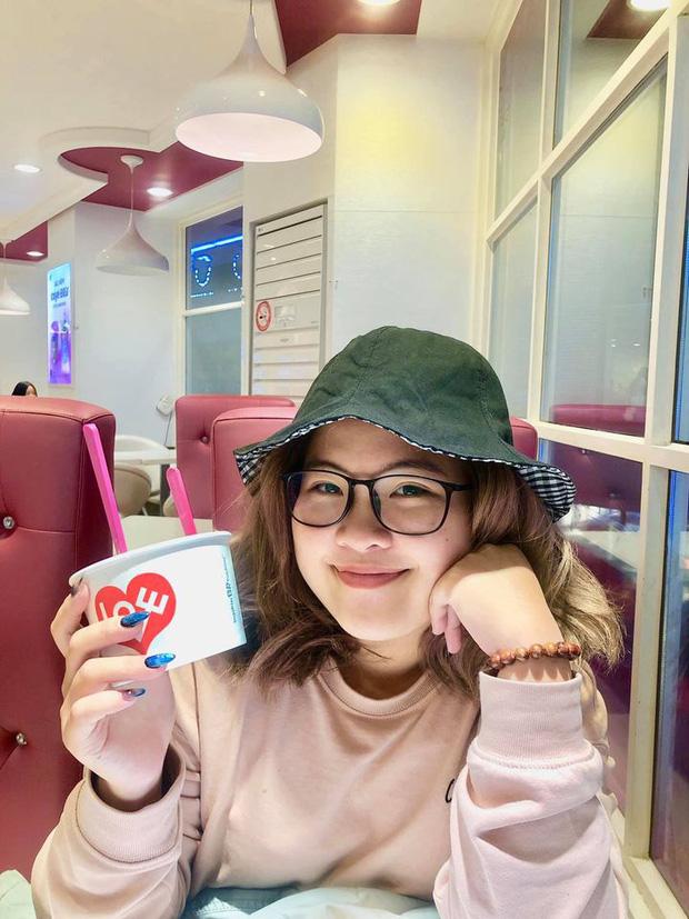 Chân dung cô nàng Nguyễn Ngọc Lan Anh - Giám đốc điều hành thương hiệu cà phê, thời trang tại mặt tiền Đồng Khởi đắt đỏ bậc nhất Sài Gòn dù chưa tốt nghiệp.