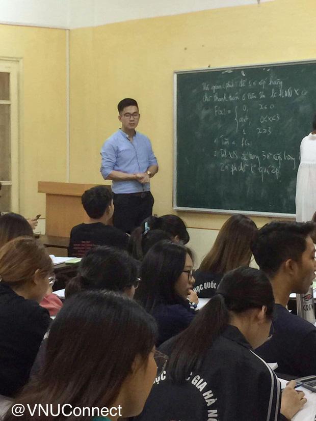 Thầy giáo soái ca bị sinh viên tung loạt ảnh chụp lén đẹp muốn xỉu lên mạng 1