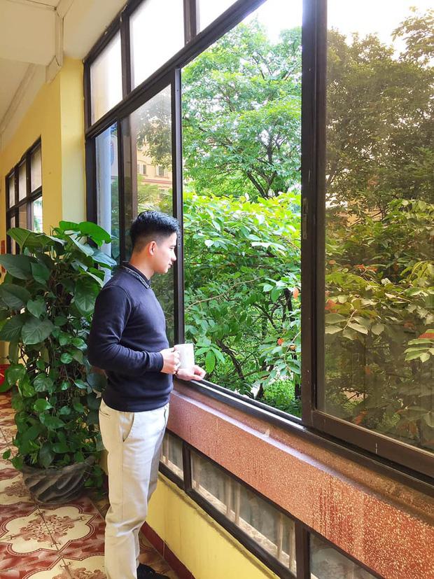 Hiện tại thầy Sơn Tùng đang nhận được rất nhiều sự quan tâm của cộng đồng học sinh, sinh viên