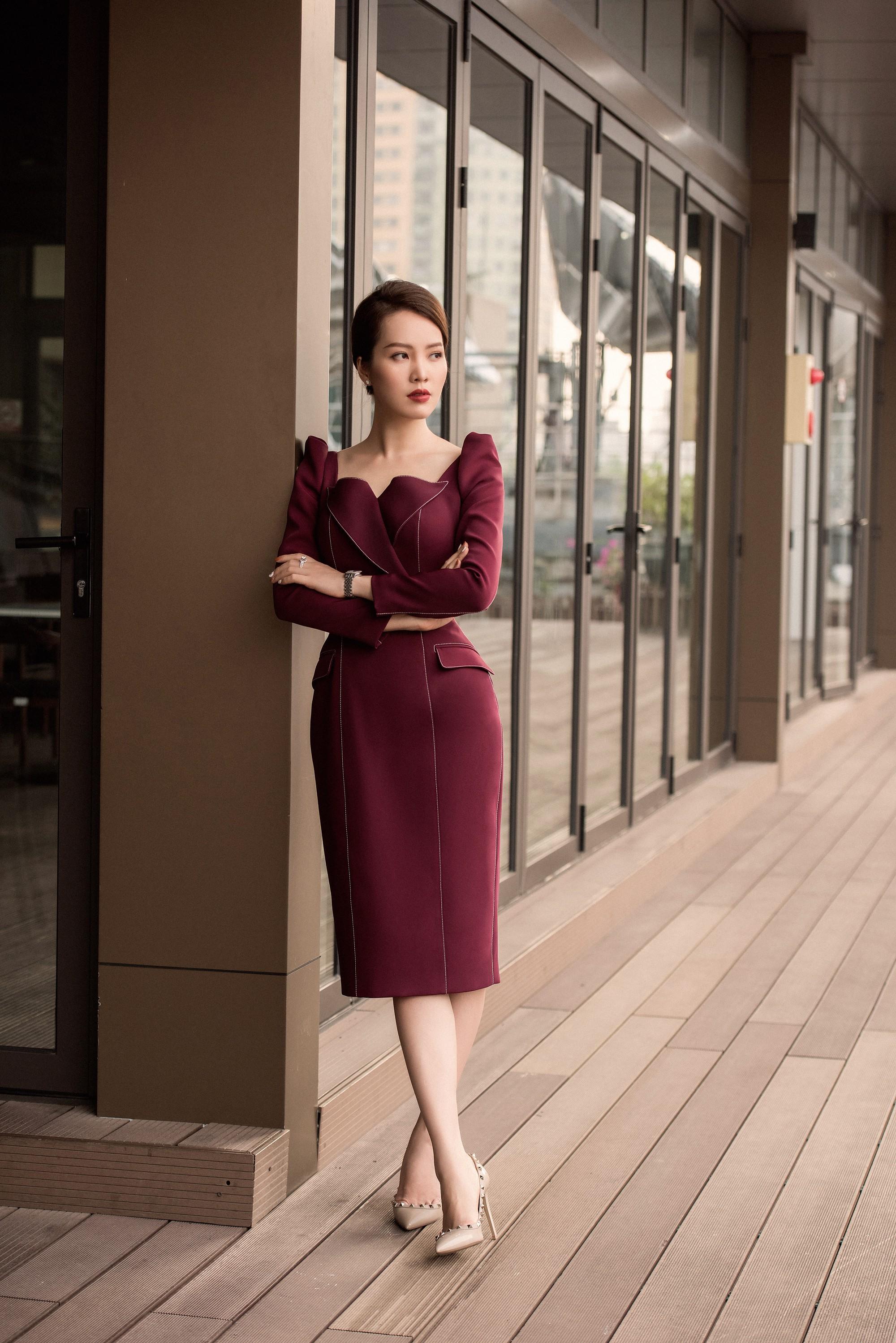 Á hậu Thụy Vân: Nữ MC chỉn chu nhất VTV, chưa một lần mắc lỗi trang phục trên sóng truyền hình 1