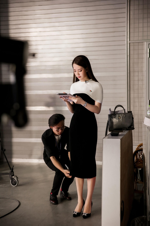Á hậu Thụy Vân: Nữ MC chỉn chu nhất VTV, chưa một lần mắc lỗi trang phục trên sóng truyền hình 5