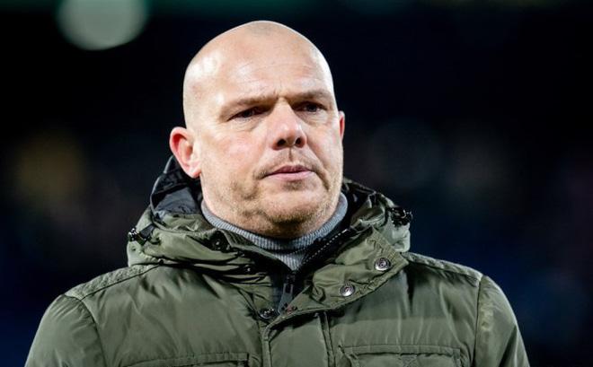 HLV Heerenveen thất vọng, thừa nhận sai lầm giữa thời điểm bị chỉ trích vì quá bảo thủ 0