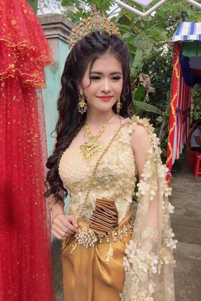 Cuộc sống hôn nhân của cô dâu xinh đẹp người Khmer từng gây 'sốt' cộng đồng mạng bây giờ ra sao? 1