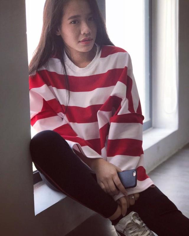 Thật khó tin, tựa game mà nhiều người Việt ghét bỏ lại có những nữ HLV xinh đẹp và bốc lửa như thế này 0