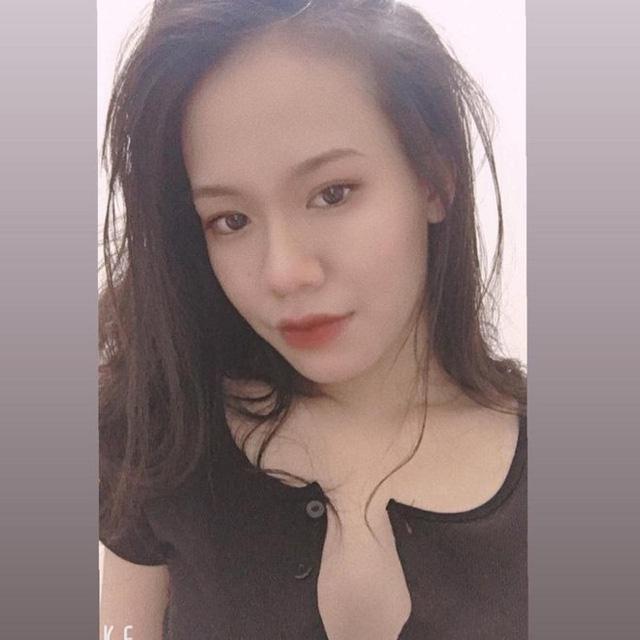 Thật khó tin, tựa game mà nhiều người Việt ghét bỏ lại có những nữ HLV xinh đẹp và bốc lửa như thế này 1