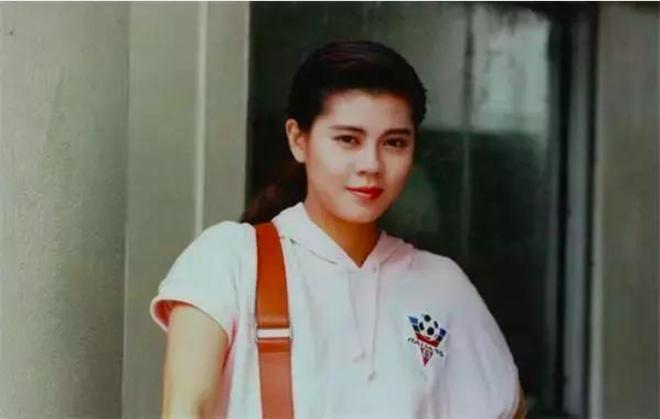 Nhan sắc Lương Nghệ Linh thời trẻ.