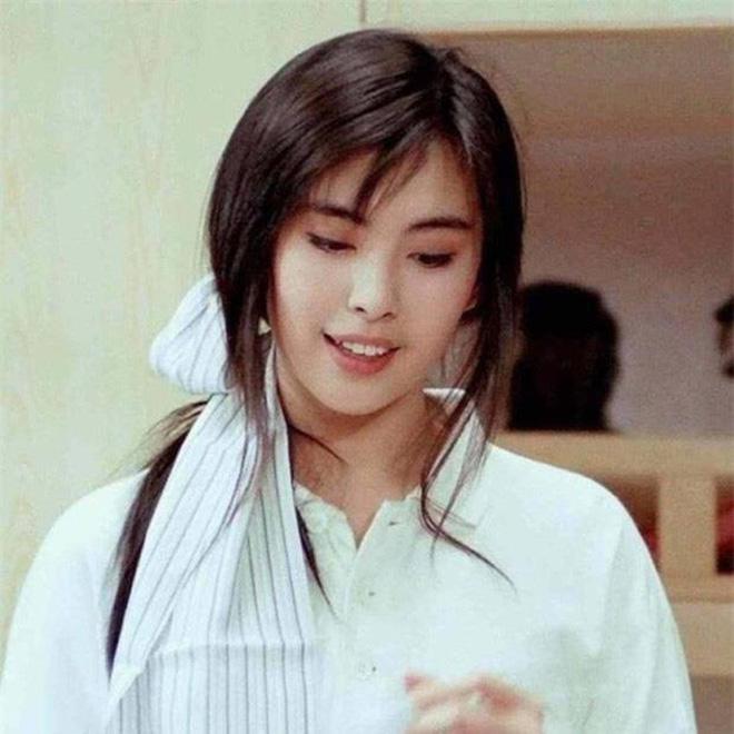 Mỹ nhân TVB hồi xưa mới đúng là các trendsetter: Tóc tai đến giờ vẫn hợp mốt và được chị em học hỏi nhiệt tình 9