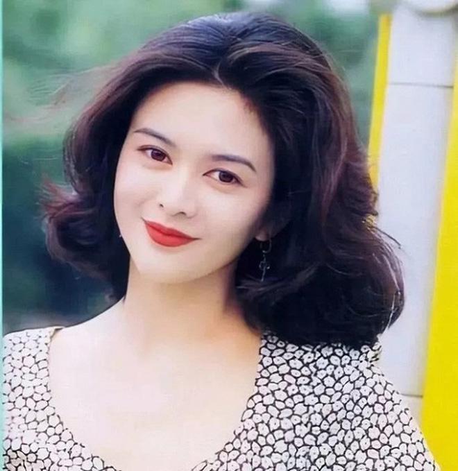 Mỹ nhân TVB hồi xưa mới đúng là các trendsetter: Tóc tai đến giờ vẫn hợp mốt và được chị em học hỏi nhiệt tình 12