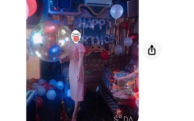 Đăng ảnh tổ chức tiệc sinh nhật lên facebook, cô gái ngỡ ngàng vì bị bạn thân nhắn tin mỉa mai: 'Thiếu suy nghĩ' 0