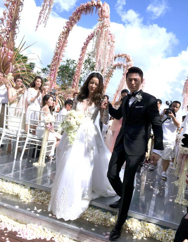 4 năm hôn nhân của Lâm Tâm Như - Hoắc Kiến Hoa: Vợ luôn là người chịu tai tiếng cho đến khi 'giọt nước tràn ly', cãi nhau bỏ mặc nhà gái một mình giữa đường 5