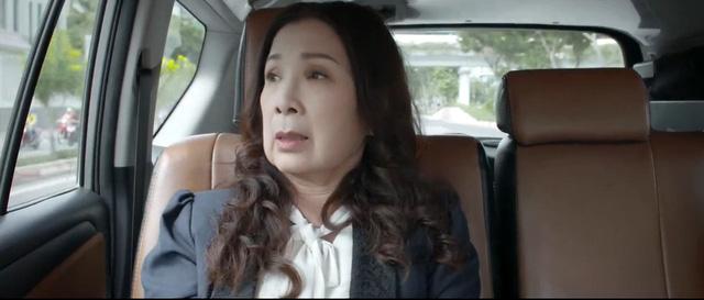 Trói buộc yêu thương - Tập 32: Hà sắp thua trận, mẹ con bà Lan có người bí mật giúp? 12
