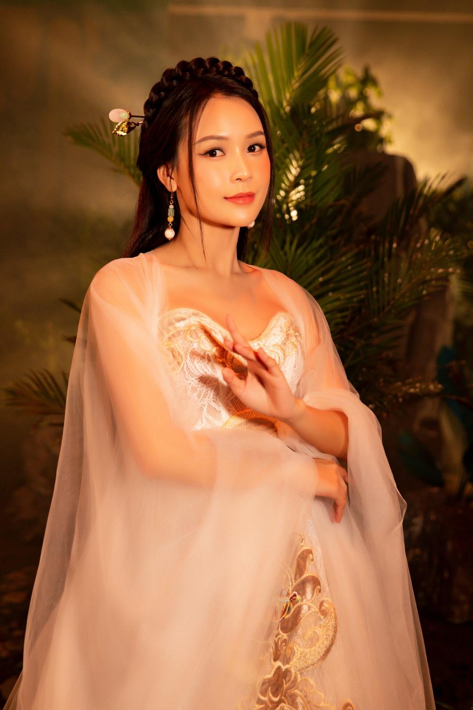 Ngô Kiến Huy hé lộ tạo hình Tôn Ngộ Không siêu điển trai bên cạnh nàng 'tiểu thư' Sam xinh đẹp ngút ngàn 4