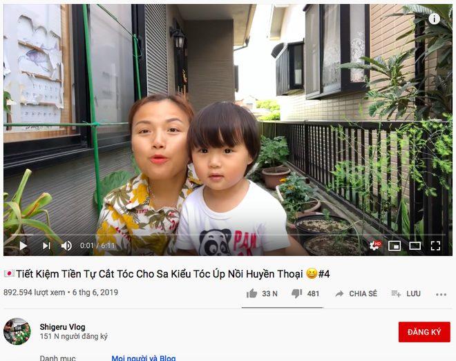 Dù mang tên bé Sa nhưng người thực hiện quay, edit và đăng tải tất nhiên vẫn là mẹ vlogger Quỳnh Trần JP