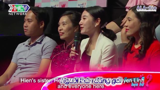 Chị gái của Hiền cũng gây ấn tượng với vẻ ngoài xinh đẹp