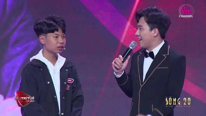 Đức Phước tạo được ấn tượng mạnh đối với khán giả khi xuất hiện trong Siêu trí tuệ Việt Nam.